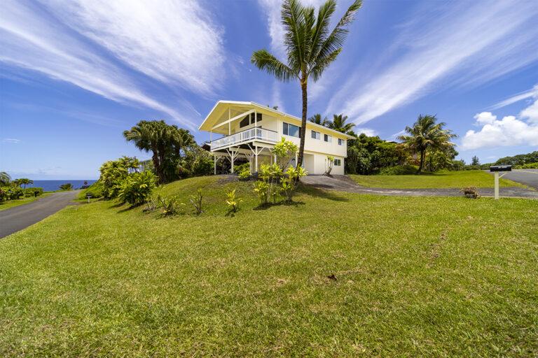 海まで徒歩距離のオーシャンビューの素晴らしい家の画像